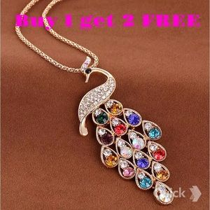 Jewelry - Rhinestones peacock gold plated long necklace